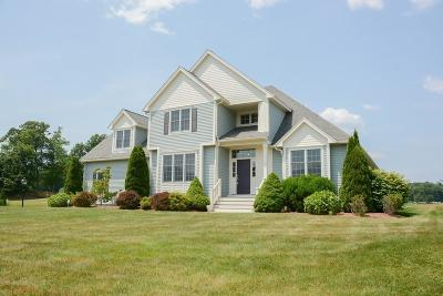 Methuen, Lowell, Haverhill Single Family Home For Sale: 14 Seven Sisters Road