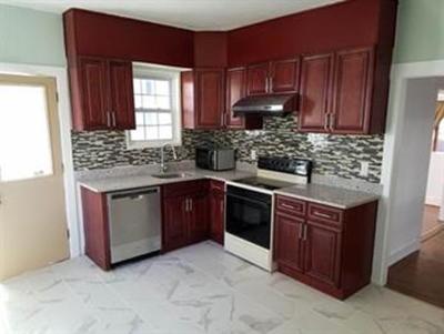 Cohasset, Weymouth, Braintree, Quincy, Milton, Holbrook, Randolph, Avon, Canton, Stoughton Single Family Home For Sale: 84 Pleasant St