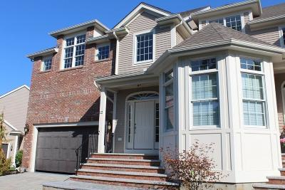 Lynnfield Condo/Townhouse For Sale: 527 Salem St #12