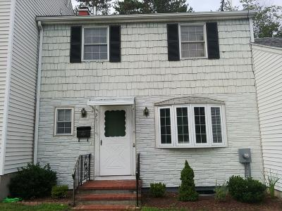 Ware Single Family Home For Sale: 31 Warebrook Vlg