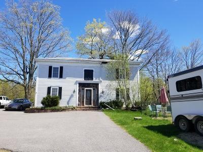East Bridgewater Condo/Townhouse For Sale: 18 Bedford St #3
