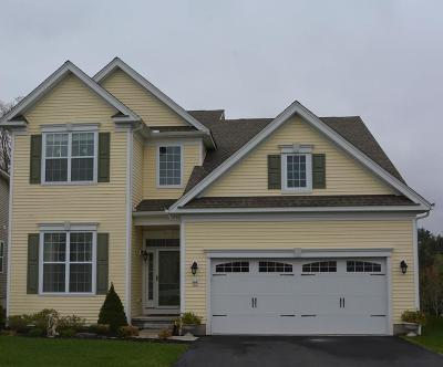 Methuen, Lowell, Haverhill Single Family Home For Sale: 64 Sherwood Drive #64