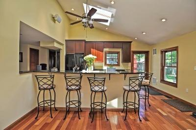 Natick Single Family Home For Sale: 17 Longfellow Road