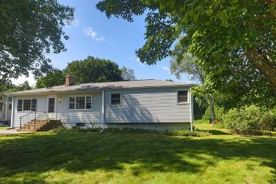 Bedford Single Family Home For Sale: 6 Parker Rd