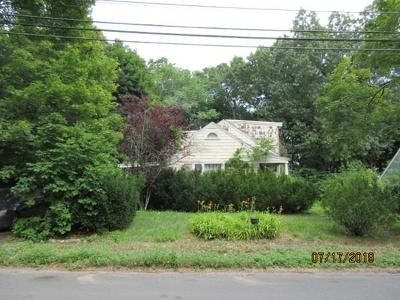 Needham Single Family Home For Sale: 72 Valley Road