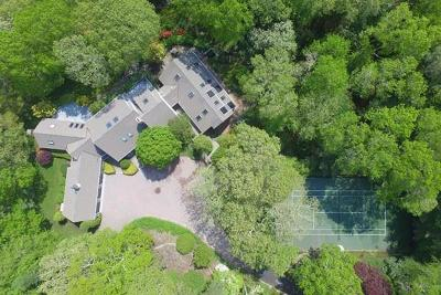 Barnstable Single Family Home For Sale: 352 Starboard Ln
