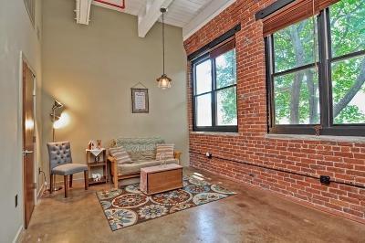 Marlborough Condo/Townhouse For Sale: 406 Lincoln St #305