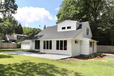 North Reading Single Family Home For Sale: 6 Grant Street