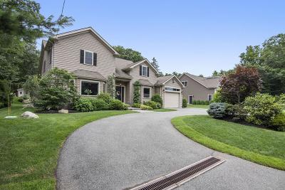 Waltham Single Family Home For Sale: 255 Worcester Ln