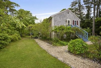 Harwich Single Family Home For Sale: 94 Queen Anne Rd