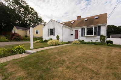 Swansea Single Family Home For Sale: 108 Metacomet Ave