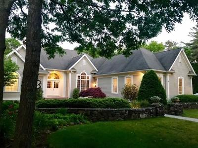 Plymouth Single Family Home For Sale: 16 Hayden Ridge