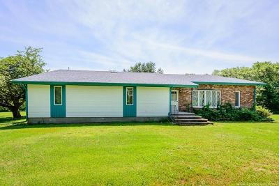 RI-Newport County Single Family Home For Sale: 5 Wildrose