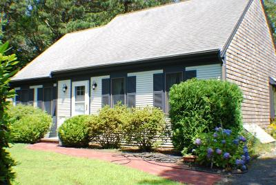 Barnstable Single Family Home For Sale: 132 Nobadeer Road