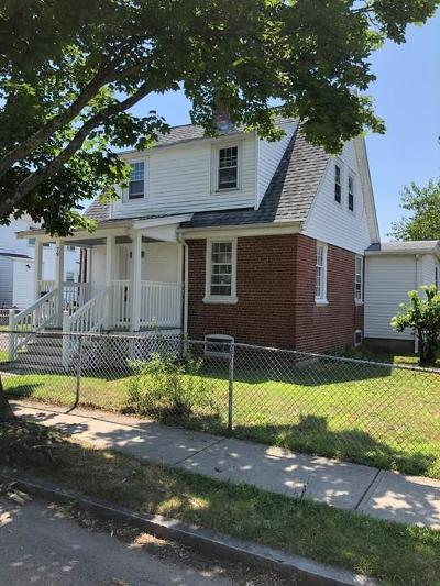 Quincy Single Family Home For Sale: 79 Fifth Avenue
