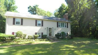 Uxbridge Single Family Home Price Changed: 340 Aldrich St