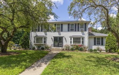 Framingham Single Family Home For Sale: 7 Hickory Hill Lane