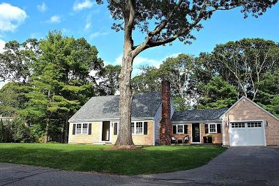 Barnstable Single Family Home For Sale: 185 Wianno Circle
