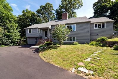 Cohasset Single Family Home For Sale: 33 Windy Hill Rd