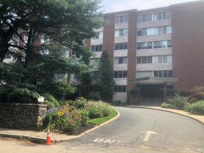 Brookline MA Condo/Townhouse For Sale: $839,000