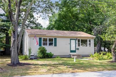 RI-Kent County Single Family Home For Sale: 15 Obadiah Ave