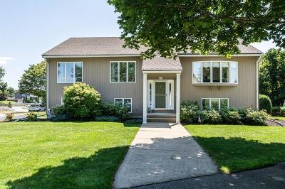 Stoneham Single Family Home For Sale: 2 Laurie Lane