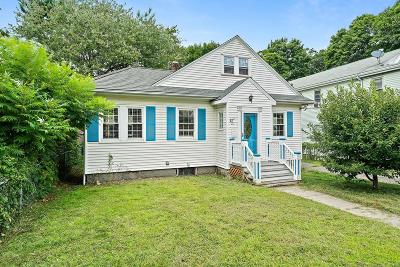 Quincy MA Single Family Home For Sale: $585,000
