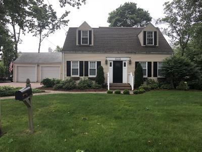 Lynnfield Single Family Home For Sale: 14 Ward Ter