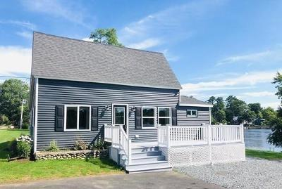 Taunton Single Family Home For Sale: 1099 Bay St