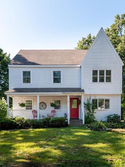 Kingston Single Family Home For Sale: 18 Lydon Ln