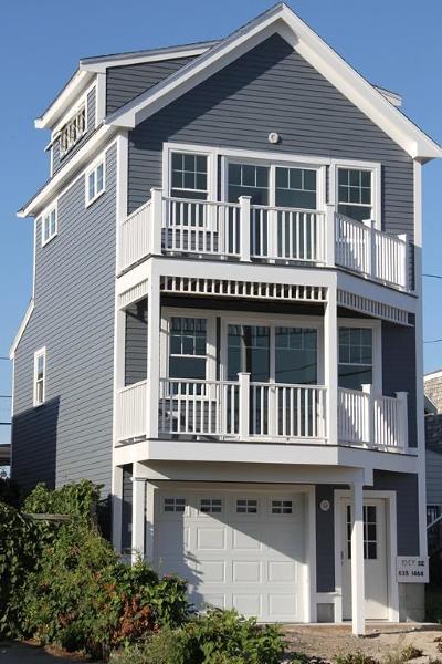 Hull Single Family Home For Sale: 196 Atlantic Ave