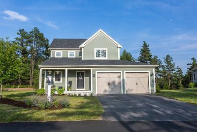 Plymouth Single Family Home For Sale: 24 Inkberry Ln