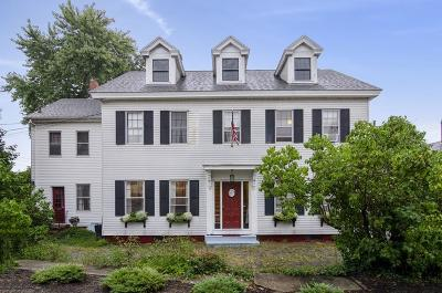 Plymouth Single Family Home For Sale: 22 Leyden St