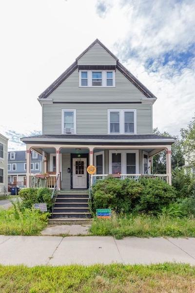 Boston Single Family Home For Sale: 425 Gallivan Blvd