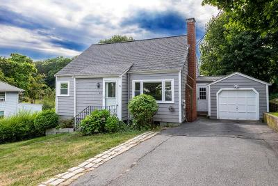 Braintree Single Family Home For Sale: 10 Dobson Rd