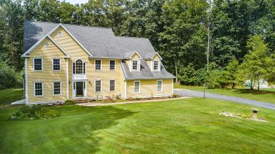 Southborough Single Family Home For Sale: 8 Oland Ln