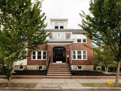 Brookline Condo/Townhouse For Sale: 133 Columbia Street #2