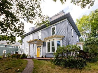 Single Family Home For Sale: 243 Chestnut Ave #B