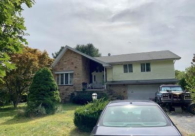 Avon Single Family Home For Sale: 5 Leos Ln