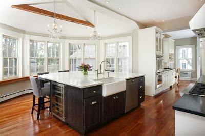 Newton Single Family Home New: 33 Woodland Rd