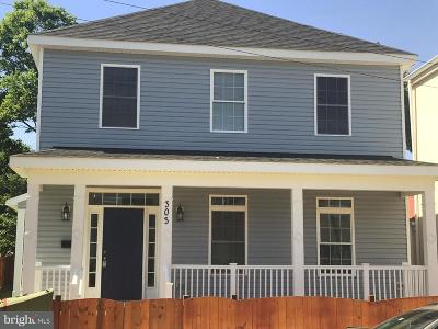 Fredericksburg City Single Family Home For Sale: 303 Canal Street