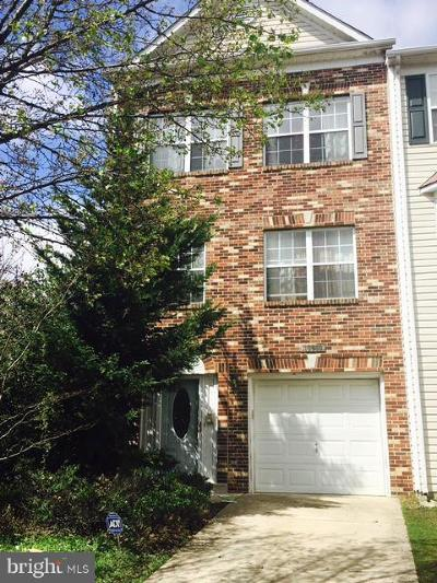 Upper Marlboro Townhouse Under Contract: 10000 Prince Royal Place