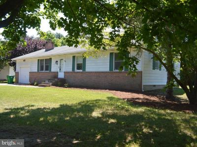 Chester Single Family Home For Sale: 308 Longfellow Drive