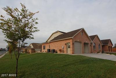 Hagerstown Duplex For Sale: 19417 Pearl Drive #V62