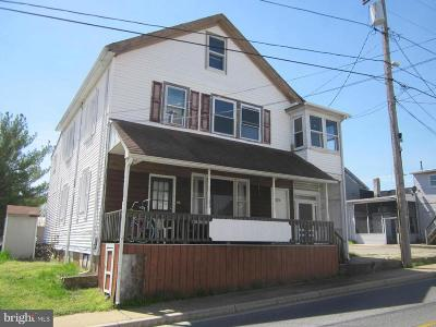 Multi Family Home For Sale: 104 Sunset Avenue
