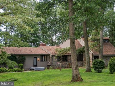 Westminster Single Family Home For Sale: 221 Gorsuch Road