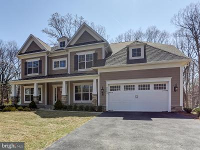 Catoctin Springs Single Family Home For Sale: 22 Catoctin Springs Court