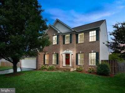 Purcellville Single Family Home Active Under Contract: 301 Crosman Court
