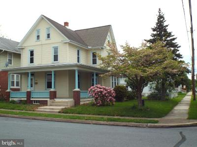 New Cumberland Single Family Home For Sale: 503 4th St Street