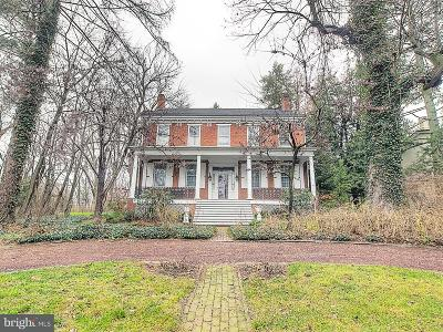 Columbia Single Family Home For Sale: 1440 Mount Pleasant Road